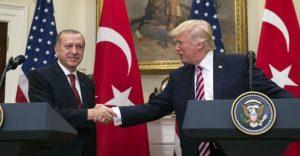 Selon Ankara, Trump accepte de stopper les livraisons d'armes aux Kurdes en Syrie