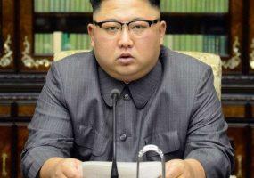 Urgent: Kim Jong- menace de frapper l'Afrique avec un missile balistique