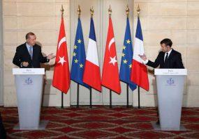 Macron propose un « partenariat » à Erdogan
