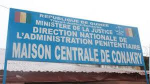 """Maison centrale de Conakry: """" au moins un détenu meurt chaque semaine"""" (enquête)"""