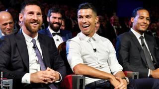 Cristiano Ronaldo invite Lionel Messi à dîner