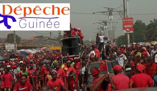 Marche du FNDC acte 7 : départ du cortège des leaders du rond-point de la tannerie