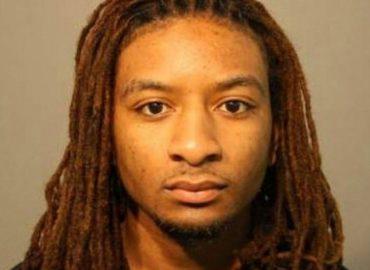 Etats-Unis : le rappeur Young QC condamné à 99 ans de prison pour avoir fait tuer sa mère